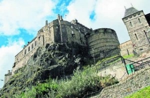 History, shopping and the sound of bagpipes mingle along Edinburgh's main street