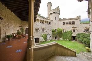 Castillo de Santa Florentina courtyard