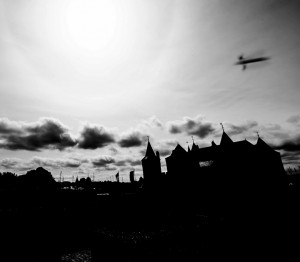 UFO netherlands castle