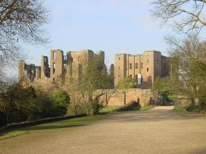 Kenilworth_Castle_gatehouse