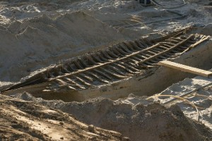 estonian-construction-workers-dig-up-medieval-ships