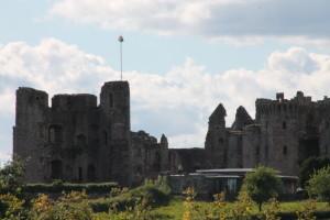 Raglan-Castle